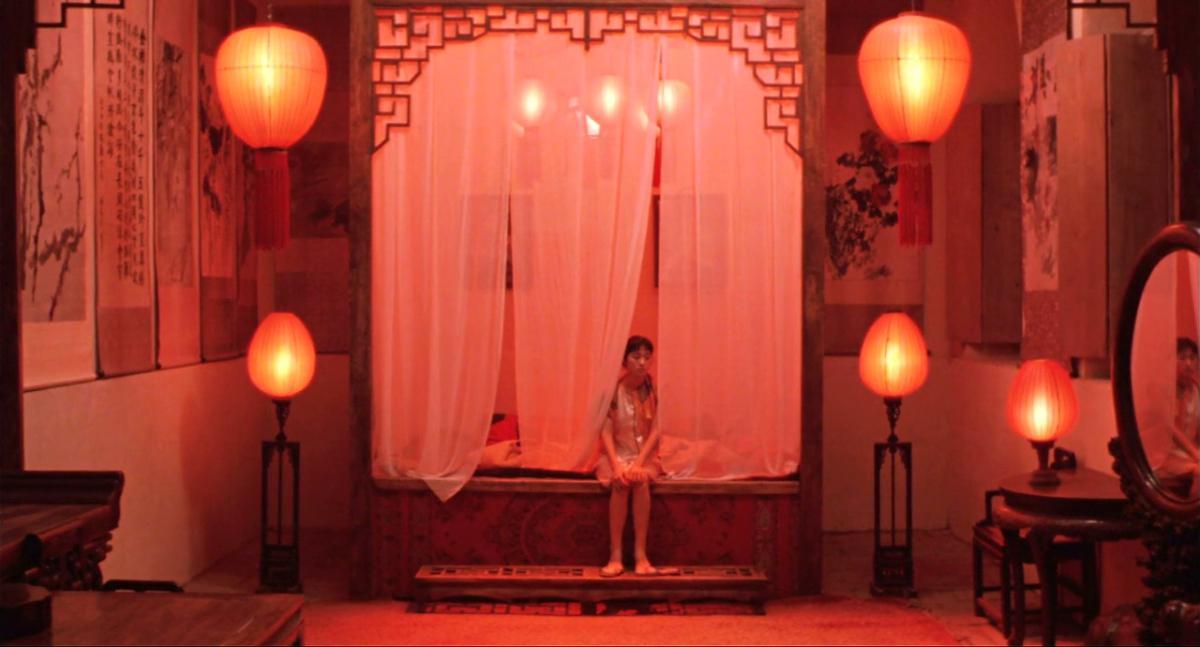 Kadr z filmu: zhang yimou, gong li, kino chińskie, piąta generacja, totalitaryzm, zawieście czerwone latarnie